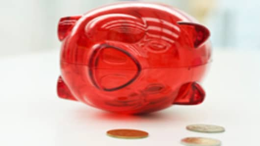 piggy-bank-lying-on-side_200.jpg