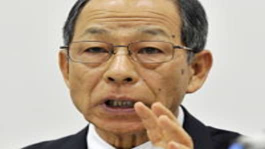 "Olympus chairman Tsuyoshi Kikukawa announces the company had stripped their first ever non-Japanese president Michael Woodford of his title just six months after appointing him, at a press conference at the Tokyo Stock Exchange on October 14, 2011. Citing management differences, the camera and precision devices maker said it had demoted Briton Michael Woodford over ""a big gap"" between him and other board directors on company management and strategy."