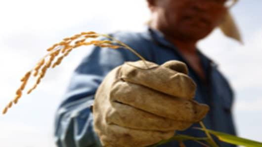 japan-farmer_200.jpg