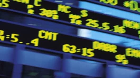 wall-st-stock-ticker_200.jpg