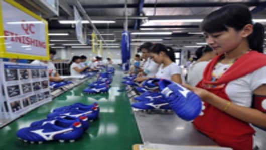 Indonesia-shoe-factory_200.jpg