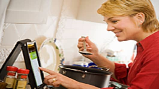 cooking-with-tablet-200.jpg