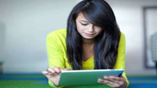 tablet-woman-200.jpg