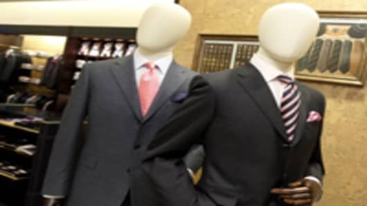 men-suits-on-mannequins_200.jpg
