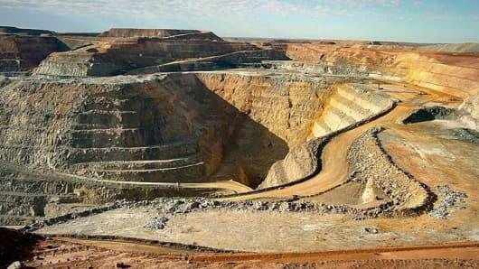 20-stock-that-pop-newmont-mining-corp-NEM.jpg