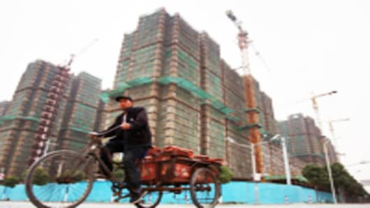 shanghai-property-under-construction_200.jpg