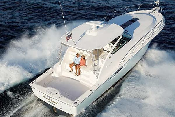 Suggested Price: $900,000 to $1 million Length: 43 feet Manufacturer: Tiara Yachts This deepwater-ready model features a wet bar for the parched boating enthusiast and two private staterooms. This boat, the flagship of the Tiara Open Series, also includes an optional 30-inch or 42-inch swim platform with a built-in ladder and an optional cruising hardtop or tournament hardtop.