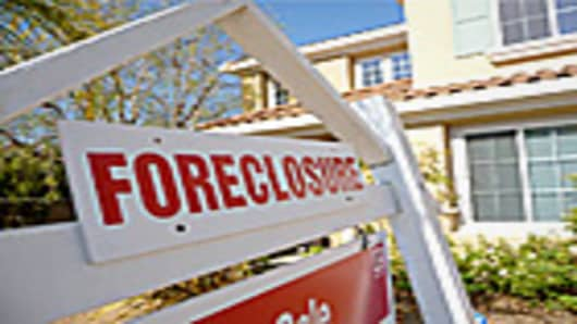 foreclosure-sign-140.jpg