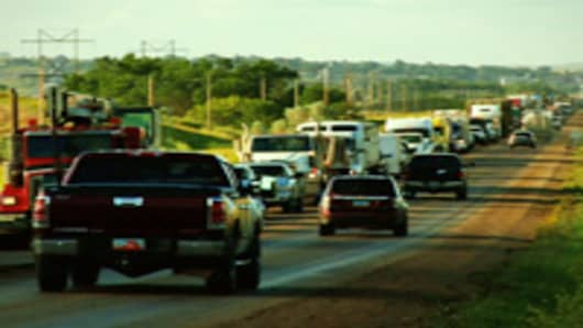 oil-rush-traffic-200.jpg