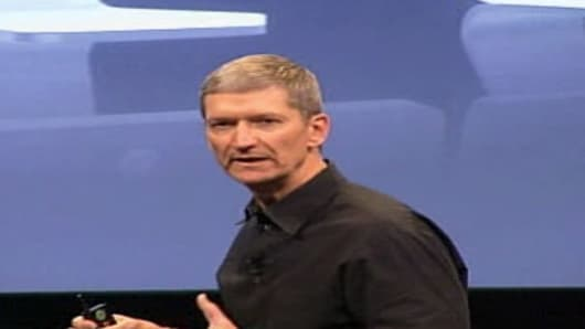 Tim Cook takes the stage.