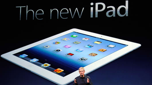 Tim Cook launces the new iPad