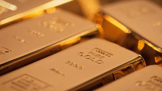 Top-performing-commodities-ETFs-gold.jpg