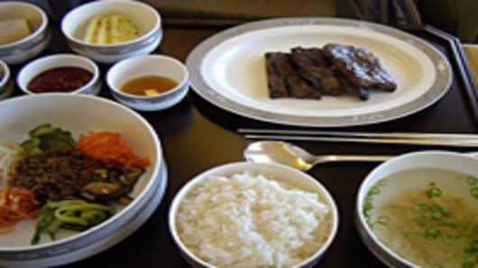 airline-food-04-200.jpg
