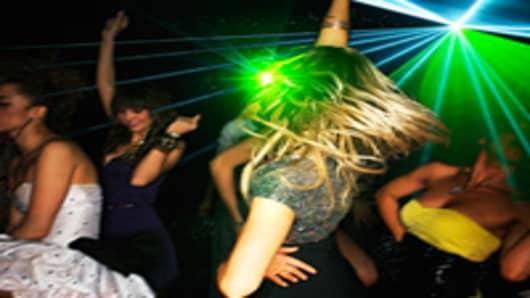 woman-dancing-nightclub-200.jpg