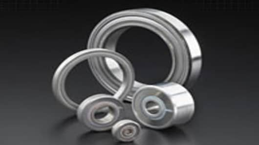 RBC offers a full line of airframe control ball and roller anti-friction bearings to the aerospace industry.