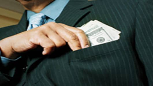 businessman-money-in-pocket-200.jpg