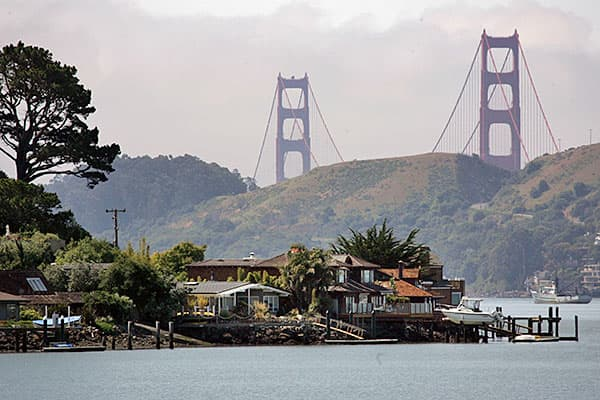 Average income: $128,544Located just north of San Francisco across the Golden Gate Bridge, Marin County's top employers are Kaiser Permanente, Marin General Hospital and Fireman's Fund Insurance Company. Marin is the home of George Lucas' creative workplace and retreat, Skywalker Ranch, as well as tech companies such as Autodesk. It's also home of such celebrated natural destinations as Muir Woods and Stinson Beach.