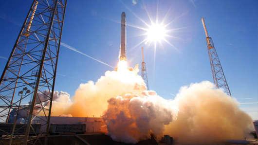 spacex-rocket-500.jpg