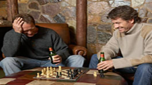 men-playing-chess-200.jpg