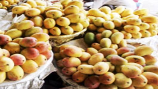 India_mangoes_200.jpg