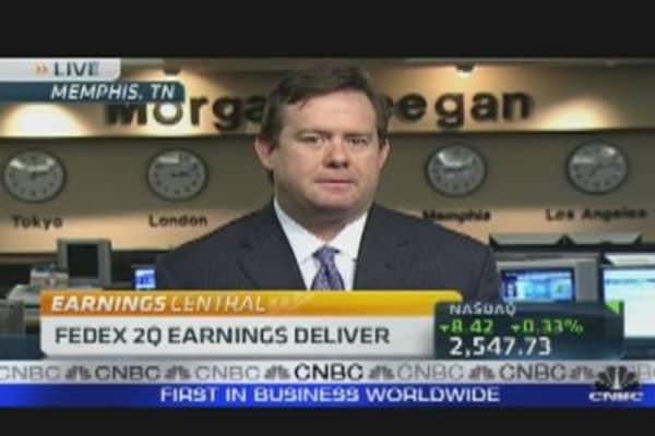 FedEx Delivers Positive Earnings