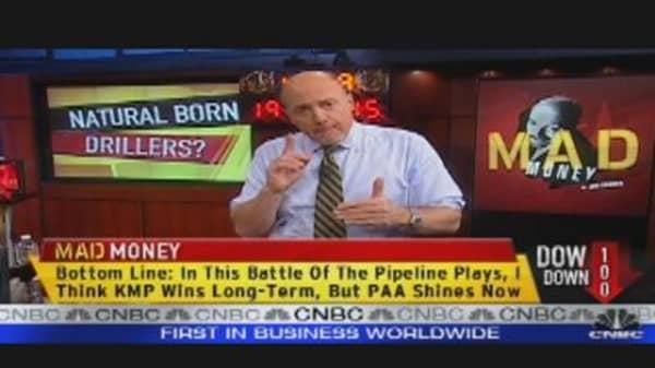 Cramer's Pipeline Face-off: KMP vs. PAA