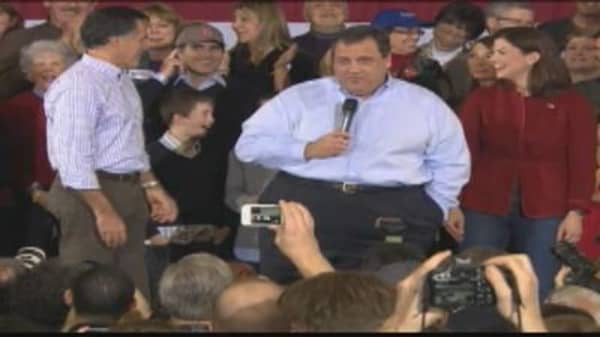 New Jersey Gov. Christie Responds to Hecklers