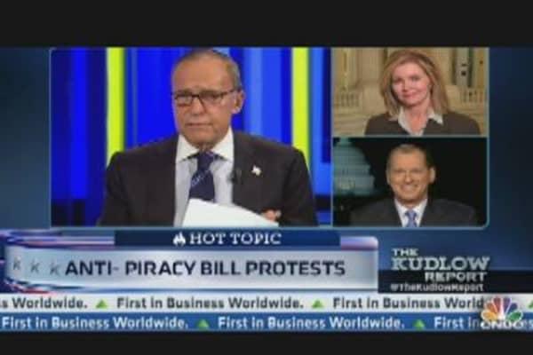 Website Blackout: PIPA & SOPA Showdown