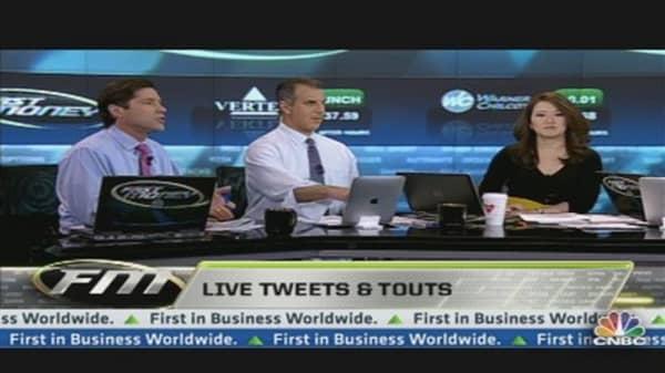 Live 'Tweets' & Touts