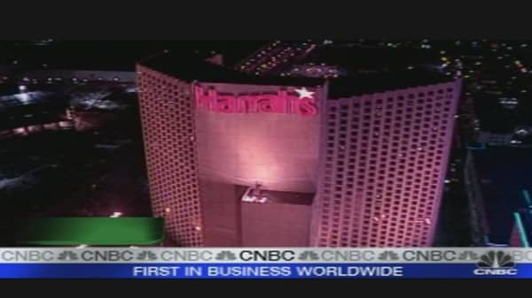 Harrah's Agrees to Sell