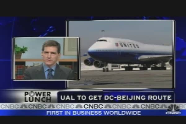 United Wins China Route