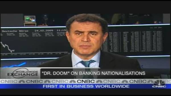 Banks Need Temporary Nationalization: Roubini