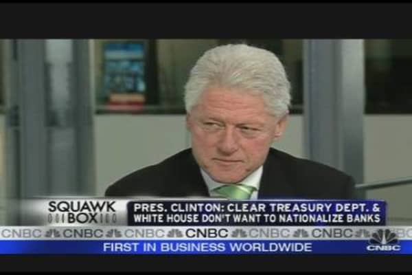 Bill Clinton: Saving the Nation's Financial System
