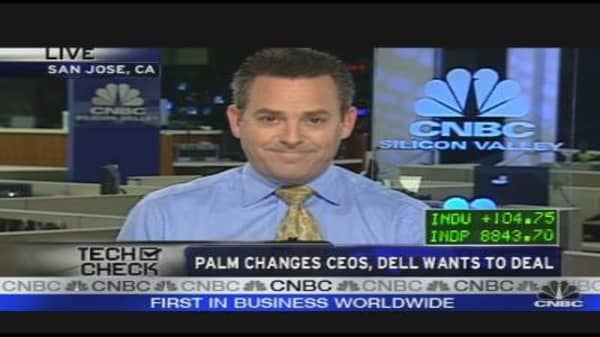 Palm Changes CEOs, Dell Wants to Deal