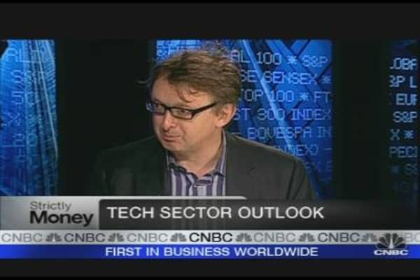 Apple Typifies Force of Innovation: Tech CEO
