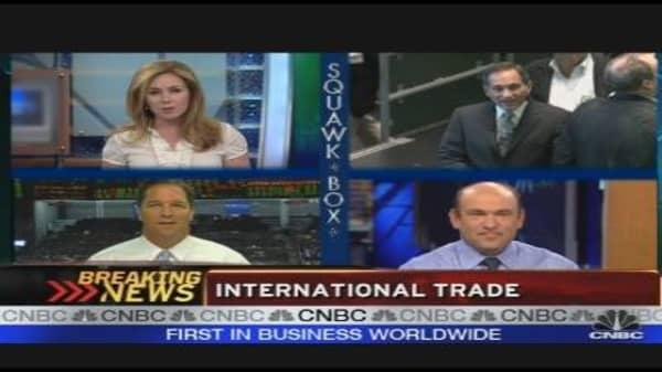 US Trade Gap Widens in June