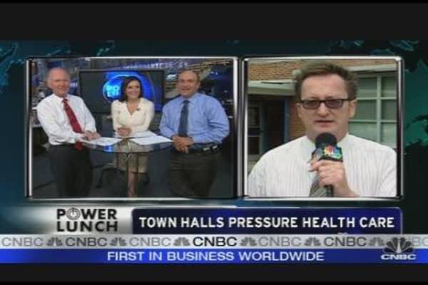 Town Halls Pressure Health Care Reform