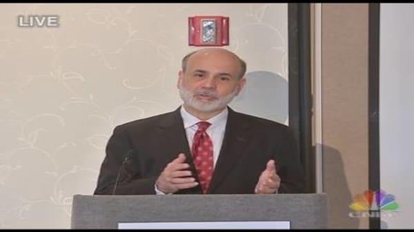 Bernanke Takes Questions