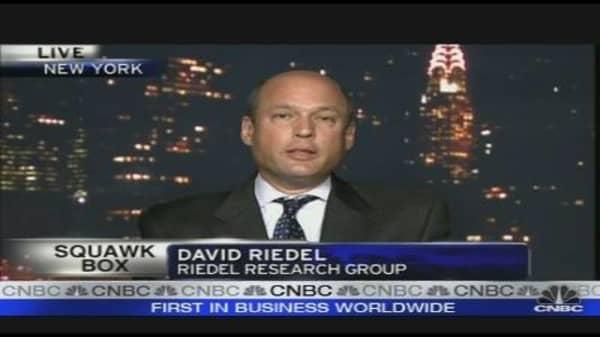 Abu Dhabi to Gain from Dubai Crisis: Analyst