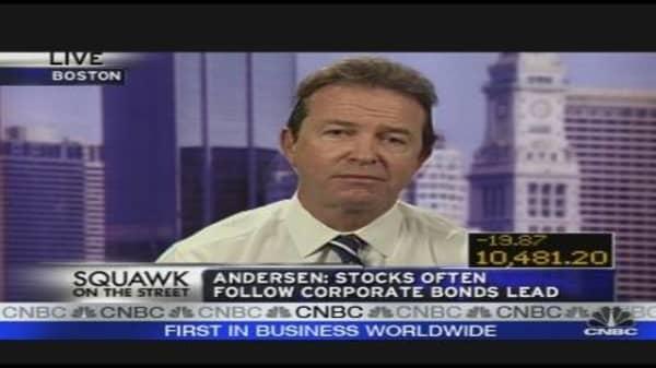 Stock Picker: Follow the Bonds