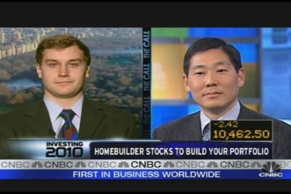 Investing in Home Builder Stocks in 2010