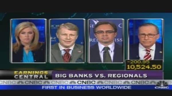 Big Banks vs. Regionals