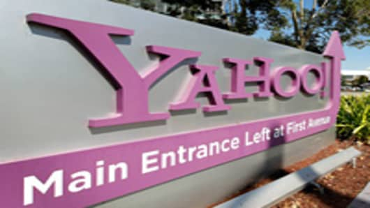 Yahoo HQ sign