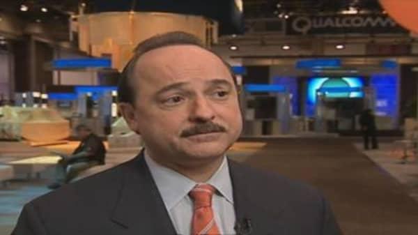 De La Vega Talks Wireless