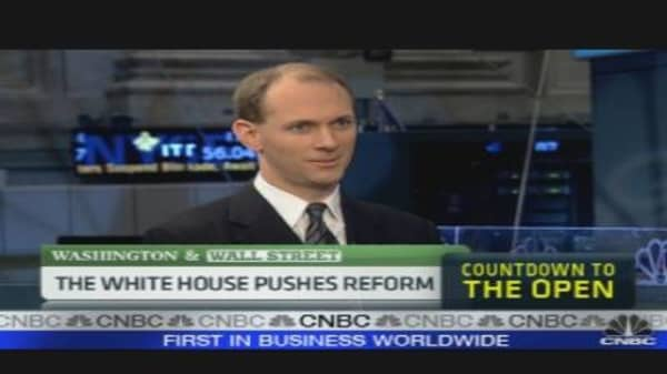 White House Pushing Financial Reform