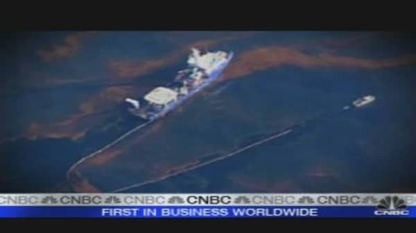 Gulf Coast Braces for Oil Slick Hit