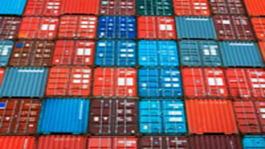 containers-stacked_200.jpg