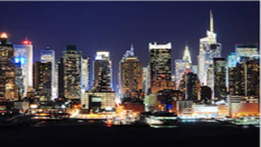 new_york_city_skyline_nightshot_200.jpg