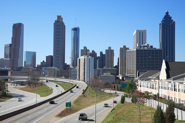 Rental vacancy rate: 11.3% Homeowner vacancy rate: 4.2% Atlanta's average homeowner vacancy rate is the third-highest among major U.S. cities, standing at 4.2 percent. Fortunately for Atlanta, the rate has been dropping since early 2011, when it stood at 5.4 percent. The trend for rental vacancies has been worse for Atlanta, however, rising from 9.4 percent in the third quarter of 2011 to 12.4 percent in the first quarter of 2012.