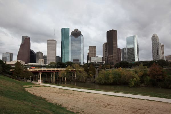 Rental vacancy rate: 15.5% Homeowner vacancy rate: 1.9% Houston is home to the nation's third-highest rental vacancy rate over the past 12 months, standing at 15.5 percent. The city hit a three-year high for rental vacancies in 2009, when the rate rose to 18.4 percent in the third quarter of that year, according to Census Bureau data. However, Houston's homeowner vacancy rate has been below the average for the 75 largest cities for the past three quarters, dropping as low as 1.1 percent at the e